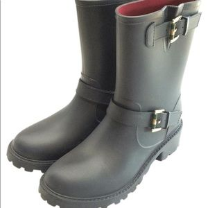 Tommy Hilfiger navy rain boots